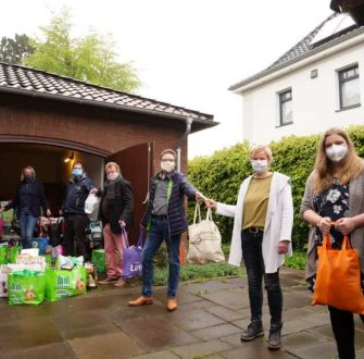 60 Taschen voller Hilfe: Unterstützung für Bedürftige in Meppen