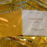 Kunstschule KunstWerk: Goldenes Buch für Wünsche und Träume